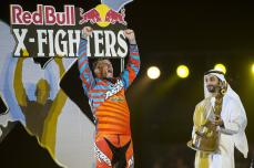 Clinton Moore en Red Bull X-Fighters Abu Dabi 2015_Photo_Naim Chidiac_Red Bull Content Pool